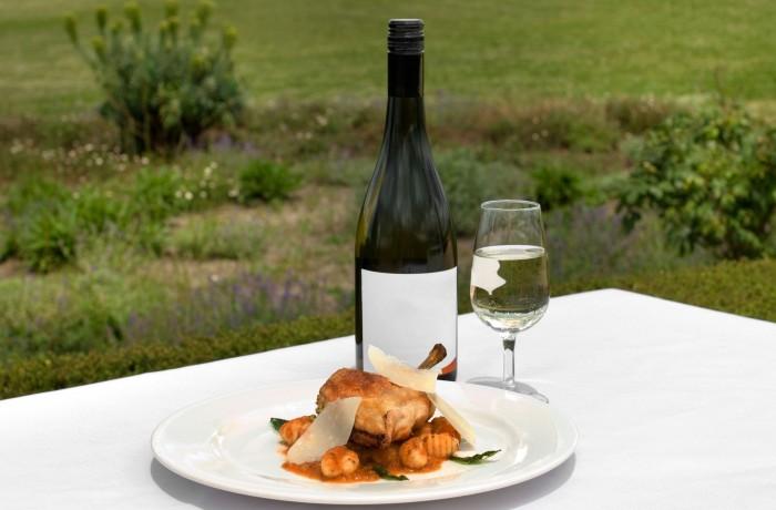 חזה עוף ביין מרסלה וליקר גראנדמרנייה